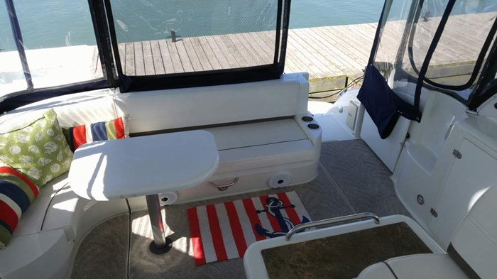 2008 Cruisers Yachts 420 Express Photo 8 sur 15