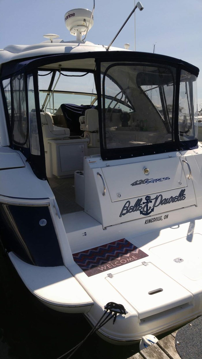 2008 Cruisers Yachts 420 Express Photo 4 sur 15