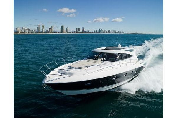 2014 Riviera 5800 Sport Yacht Photo 1 of 15