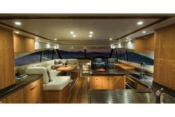 2014 Riviera 5800 Sport Yacht Photo 7 of 15