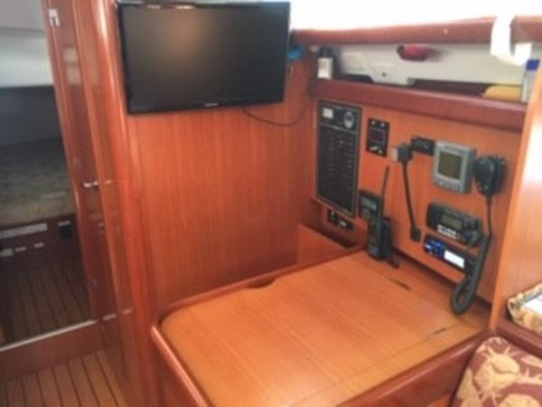 2007 Beneteau 423 Photo 20 sur 29
