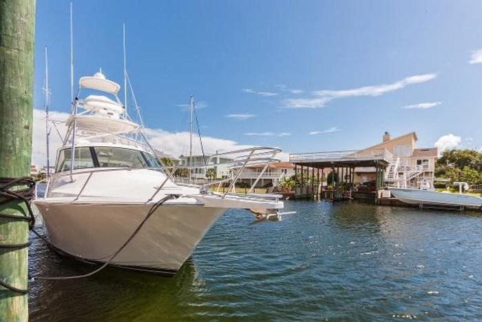 2014 Viking Yachts Sport Tower Photo 3 of 25