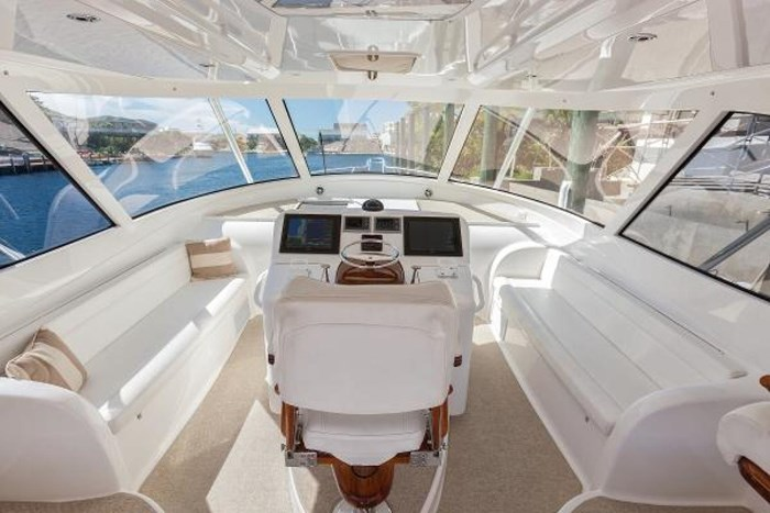 2014 Viking Yachts Sport Tower Photo 6 of 26