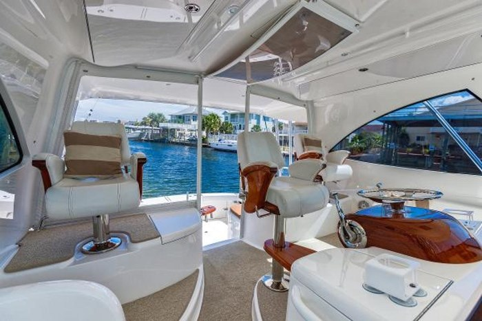 2014 Viking Yachts Sport Tower Photo 8 of 26