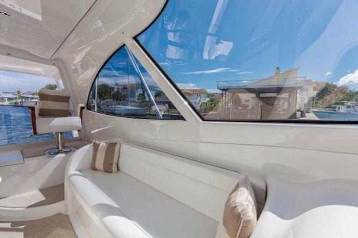 2014 Viking Yachts Sport Tower Photo 10 of 26