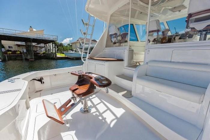 2014 Viking Yachts Sport Tower Photo 12 of 25