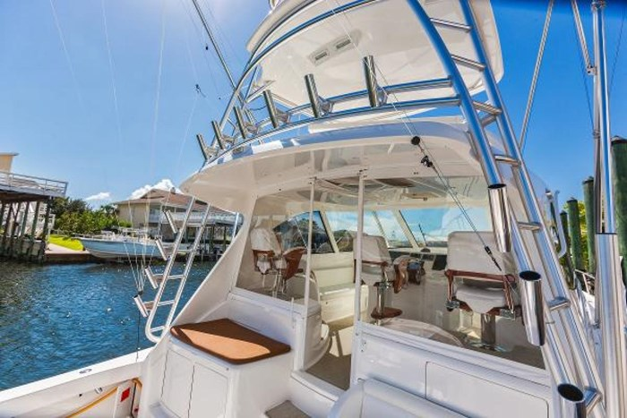 2014 Viking Yachts Sport Tower Photo 13 of 26