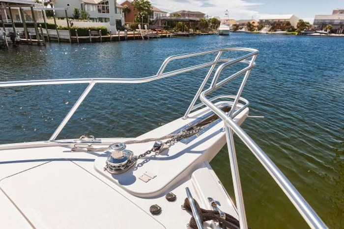 2014 Viking Yachts Sport Tower Photo 16 of 26