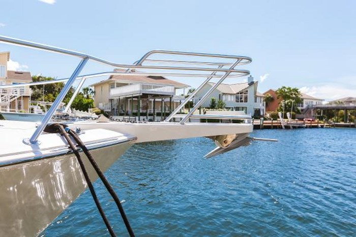 2014 Viking Yachts Sport Tower Photo 17 of 26
