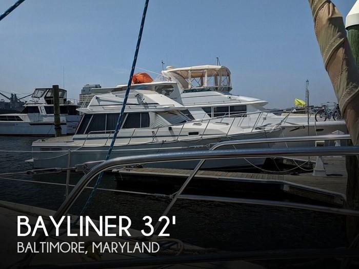1987 Bayliner 3270 Motoryacht Photo 1 sur 20
