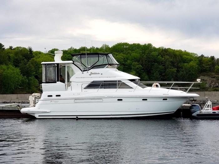 1999 Cruisers Yachts 3750 Motoryacht Photo 8 sur 48