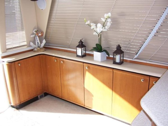 2004 Meridian 490 Pilothouse Photo 15 of 28