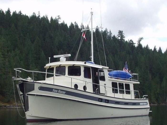 2002 Nordic Tugs 42 Photo 5 sur 33