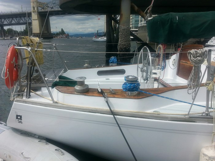 1973 Pearson Sloop 36 Photo 5 of 22