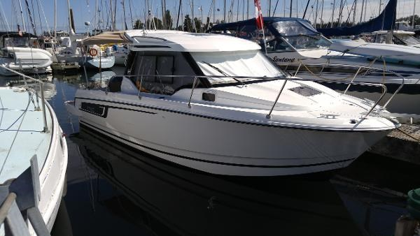 Jeanneau 795 2017 Used Boat for Sale in Vancouver, British Columbia -  BoatDealers ca