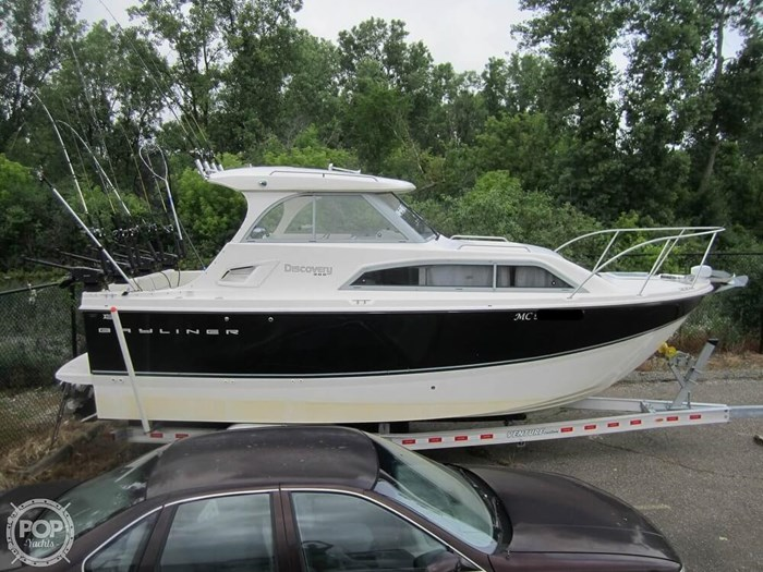 2012 Bayliner 266 Discovery Photo 14 sur 20