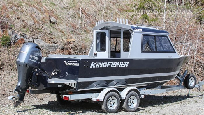 2018 Kingfisher 2225 Escape HT Photo 2 of 10