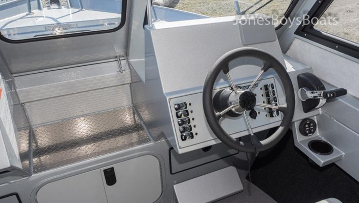 2018 Kingfisher 2225 Escape HT Photo 7 of 10