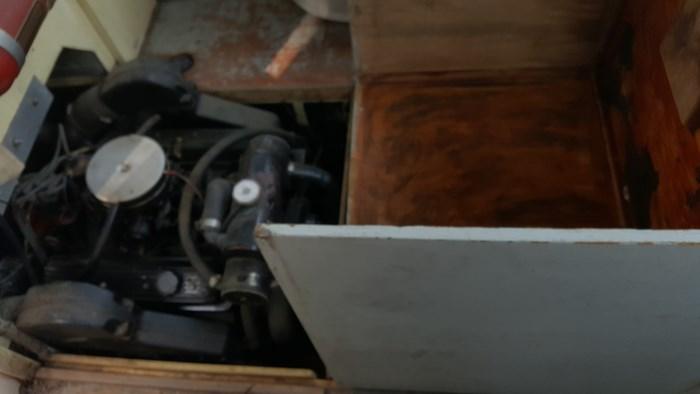 1990 26' x 9' Steel Work Boat Photo 10 sur 17