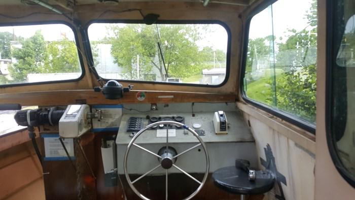 1990 26' x 9' Steel Work Boat Photo 5 sur 17