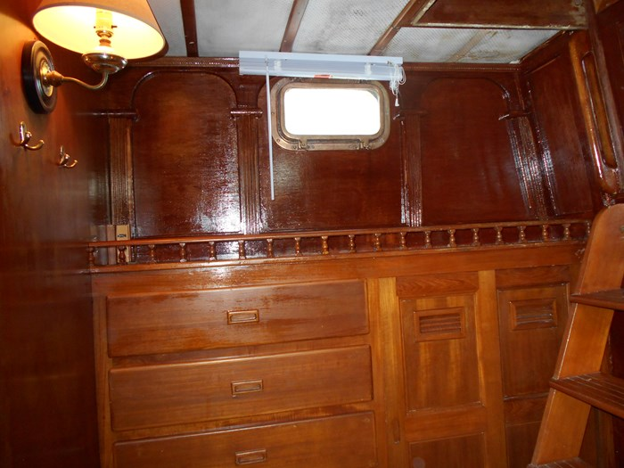 1979 Marine Trader Aft Cabin Photo 9 of 25