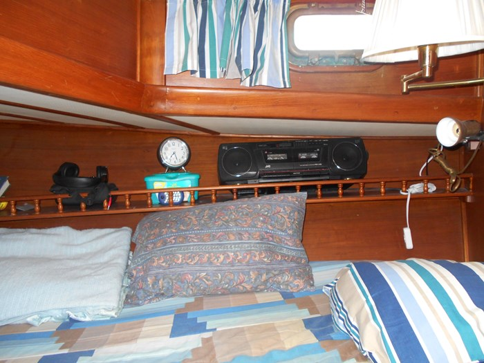 1979 Marine Trader Aft Cabin Photo 20 of 25