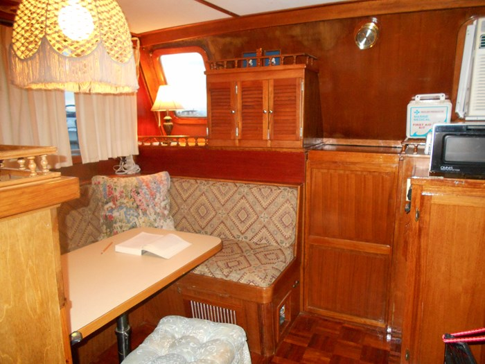 1979 Marine Trader Aft Cabin Photo 21 of 25