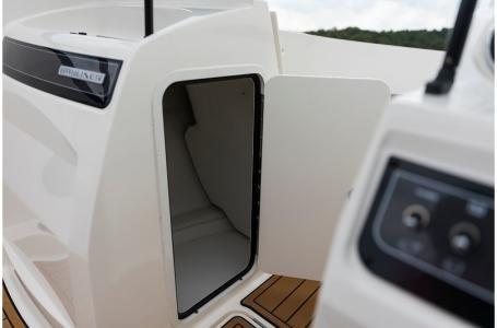 2019 Bayliner VR4 Bowrider Outboard Photo 15 sur 37