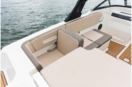 2019 Bayliner VR4 Bowrider Outboard Photo 22 sur 37