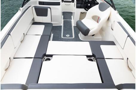 2019 Bayliner VR4 Bowrider Outboard Photo 34 sur 37