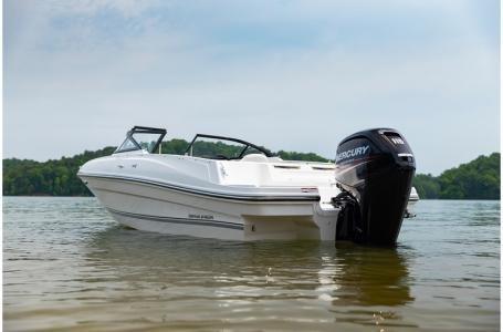 2019 Bayliner VR4 Bowrider Outboard Photo 36 sur 37