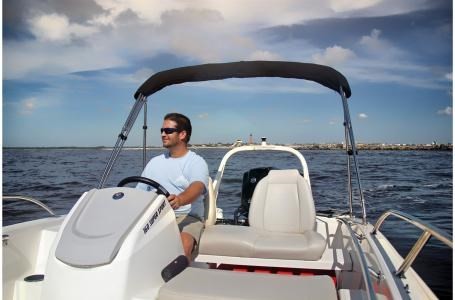 2019 Boston Whaler 160 Super Sport Photo 8 sur 15