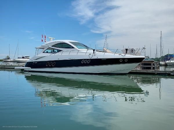 2010 Cruisers Yachts 520 Sports Coupe Photo 1 sur 63