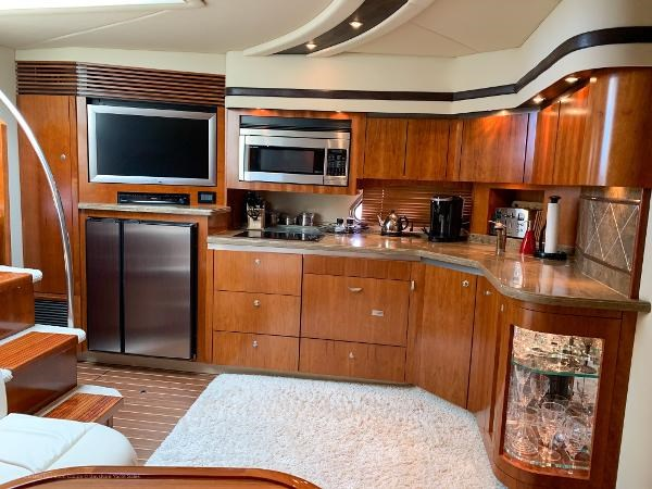 2010 Cruisers Yachts 520 Sports Coupe Photo 27 sur 63