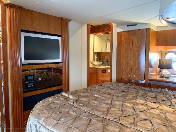 2010 Cruisers Yachts 520 Sports Coupe Photo 34 sur 63