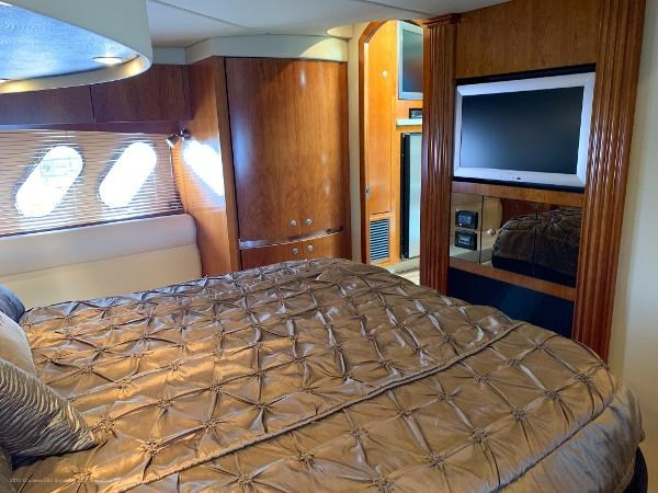 2010 Cruisers Yachts 520 Sports Coupe Photo 37 sur 63