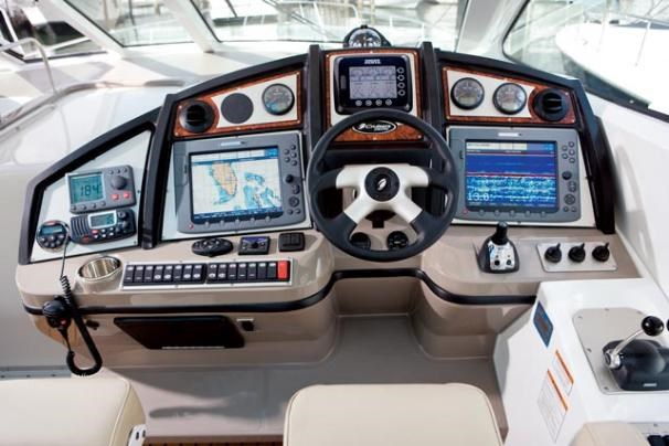 2010 Cruisers Yachts 520 Sports Coupe Photo 58 sur 63