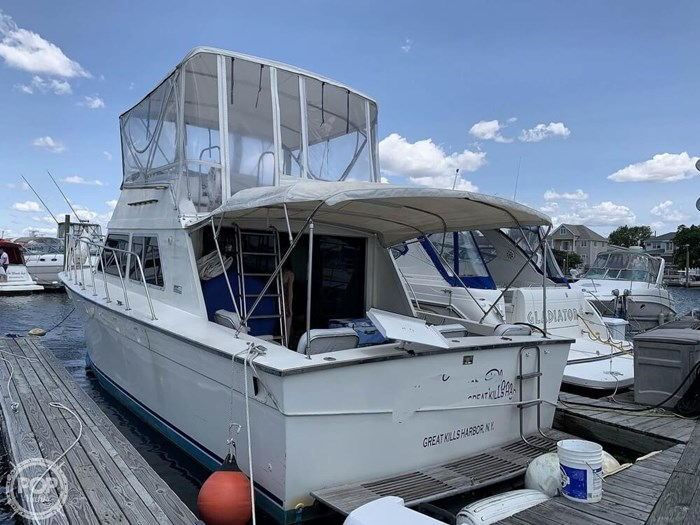 1972 Luhrs 38 Photo 7 of 20