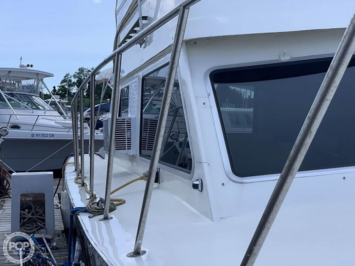 1972 Luhrs 38 Photo 13 of 20