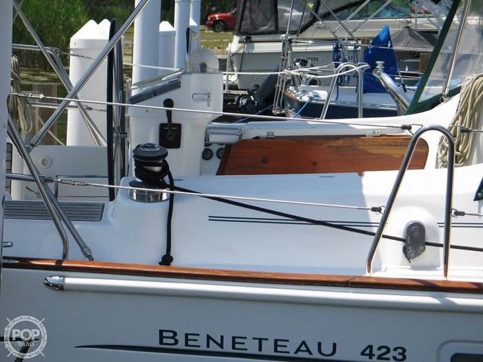 2004 Beneteau 423 Photo 15 sur 20