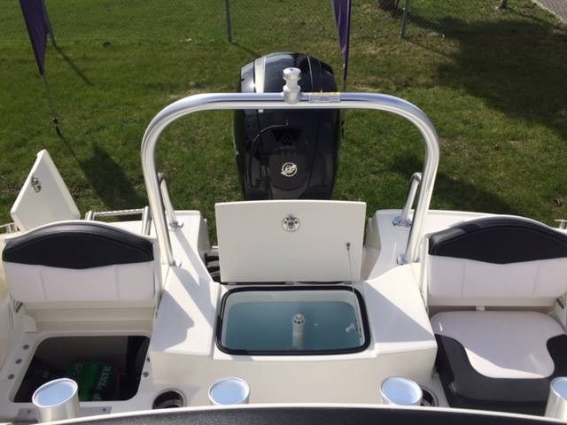 2019 ROBALO R180 Photo 8 of 13