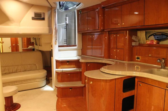 2000 Sea Ray SUNDANCER 510 SE Photo 13 of 17