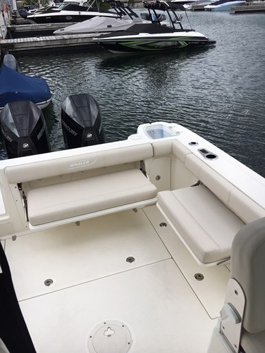2019 Boston Whaler 285 Conquest Photo 10 of 14