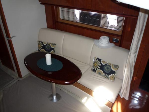 2006 Sea Ray 38 Sundancer Photo 21 of 31