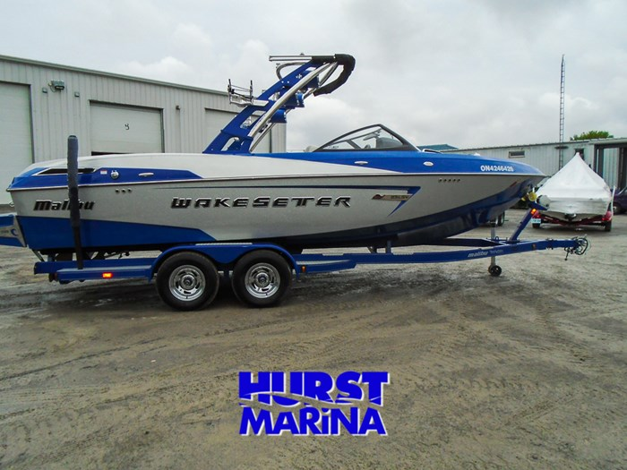 2014 Malibu 23 LSV Photo 6 of 28