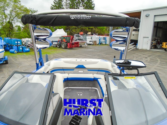 2014 Malibu 23 LSV Photo 17 of 28