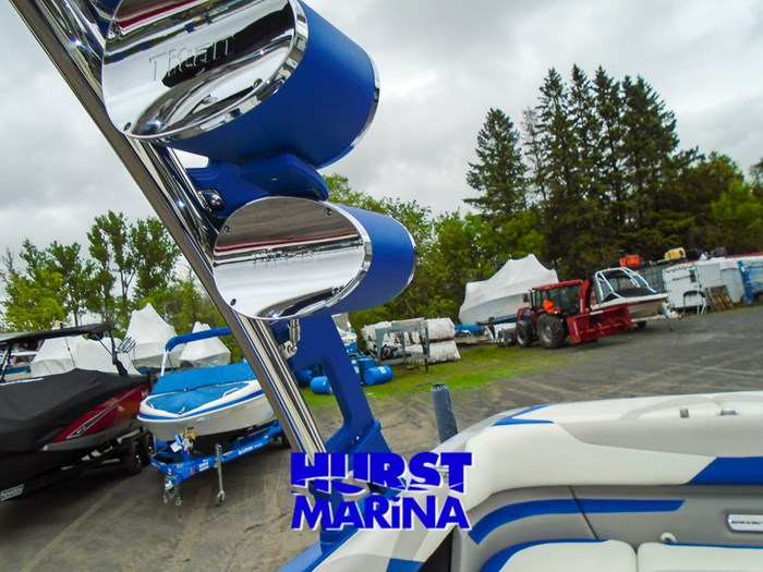 2014 Malibu 23 LSV Photo 18 of 28