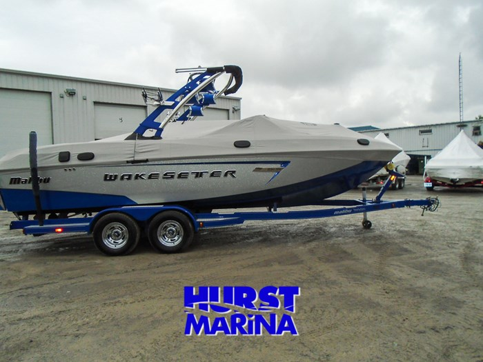 2014 Malibu 23 LSV Photo 26 of 28