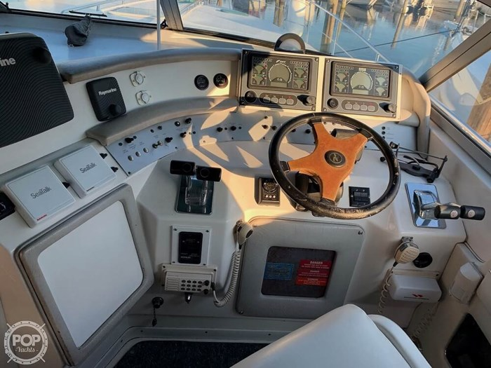 1994 Sea Ray 440 Sundancer 2010 Iveco 370 TURBO Diesels Photo 3 of 20