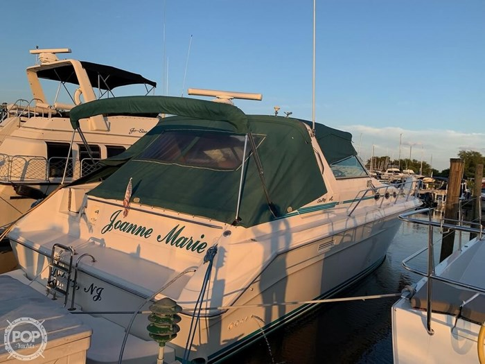 1994 Sea Ray 440 Sundancer 2010 Iveco 370 TURBO Diesels Photo 2 of 20